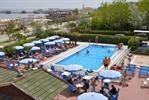 Club Hotel Promenade Universale: un alojamiento para toda la familia...