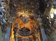 Altare nella Basilica della Assunta
