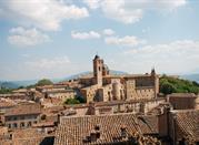 Vista del Duomo e del Palazzo Ducale