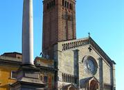 La facciata romanica del Duomo di Piacenza