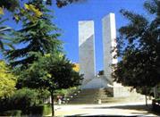 Monumento ai caduti in guerra in Piazza della Vittoria