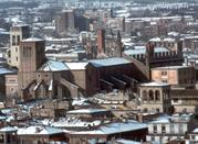 Veduta della città con la neve
