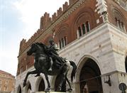 Piazza dei Cavalli