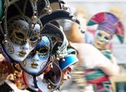 Le maschere dai mille colori