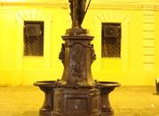 Fontana di Giuno su Corso Mazzini