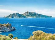 Massa Lubrense, vista panoramica sull'Isola di Capri