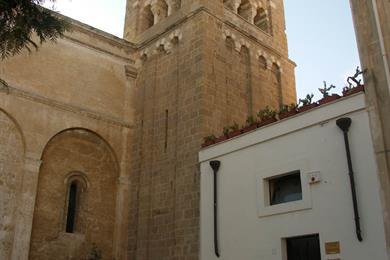 Scorcio del campanile di San Benedetto
