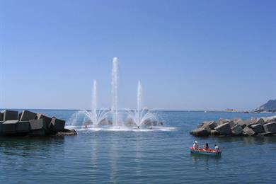 Fontana nel mare