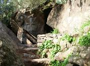 Escursione alla grotta di Benikulà - Pantelleria