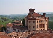 Barolo - Provincia di Cuneo - ein Urlaubsort für Weinkenner - Barolo