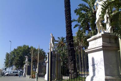 Villa Comunale, ingresso da Piazza Vittoria