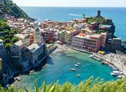 Mountains meet the sea along the charming Riviera Ligure - Riviera Ligure