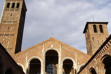 Facciata della Basilica di Sant'Ambrogio