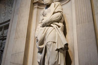 Statua di Michelangelo