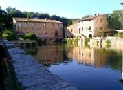 Bagno Vignoni – il borgo con la piscina al posto della piazza - Bagno Vignoni