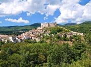 Vacaciones en el campo en Basilicata: colinas y pueblos -
