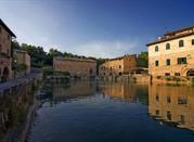 Bagno Vignoni – miasteczko z basenem zamiast rynku - Bagno Vignoni