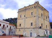 San  Menaio – w błękicie morza i zieleni pinii - San Menaio
