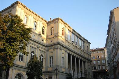 L'imponente Teatro Politeama Rossetti