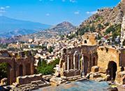 Nella valle dei lupini - Taormina
