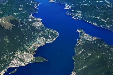 Il lago di como detto anche lario visit italy - Hotel due giardini milan italy ...