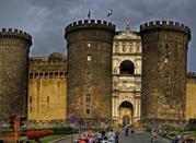 El Castel Nuovo o Maschio Angioino - Napoli