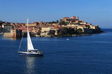 Arrivo a Portoferraio con il traghetto