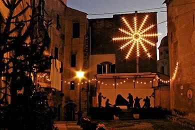 La Piazza di Alassio di notte
