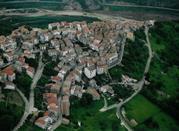 Roccavivara, piccolo borgo in Campo Basso, Molise - Roccavivara