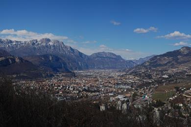 Trento vista dal Dosso di San Rocco di Villazzano
