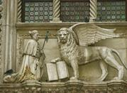Der geflügelte Löwe Venedigs - Venezia