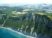 Sentieri ed escursioni sul monte San Bartolo nelle Marche - Pesaro