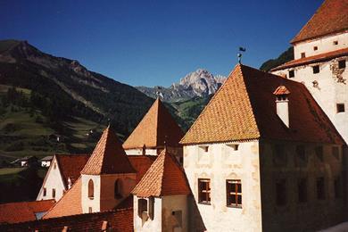 Veduta del Castel Fischburg