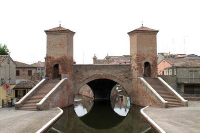 Trepponti sul canale del centro