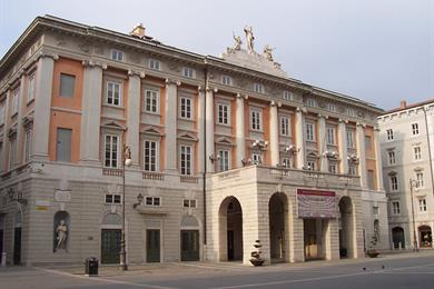 Facciata del Teatro Verdi