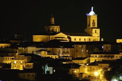 Centro storico con il Duomo sullo sfondo