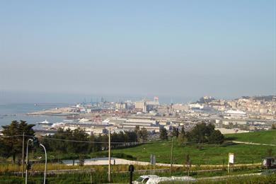 Veduta del porto dal Belvedere di Posatora
