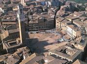 Siena Piazza del Campo e il Palio - Siena