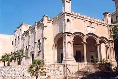 Santa María de la Cadena
