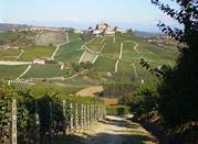 Монфорте д'Альба,город культуры, гастрономии и истории - Monforte d'Alba