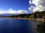 Desde Isola Bella hasta Giardini Naxos - Taormina