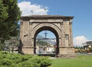 Augustus Arch, the symbol of the city