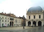 Brescia, città fra tre laghi, ricca di storia e d'arte - Brescia
