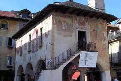 Il Palazzo della Comunità o Broletto