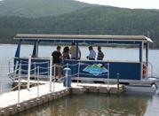 Battello sul Lago Arvo: un'avventura nella Sila - Lorica