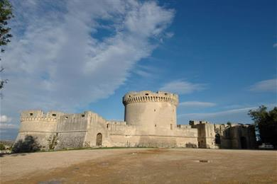 Mura del Castello Tramontano