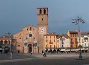 Lodi –stare miasteczko w Lombardii - Lodi