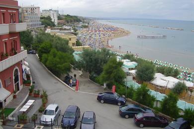 Spiaggia ripresa dalla vista dei fotografi