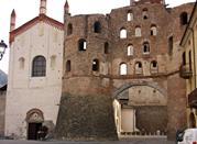 Porta Savoia e Cattedrale di San Giusto - Susa