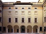 Palazzo Valenti Gonzaga - Mantova